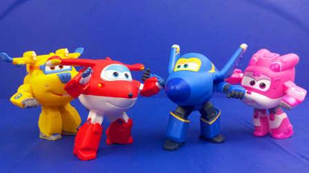 超级飞侠 可动玩偶套装 变形机器人 乐迪 酷飞 多多 小爱