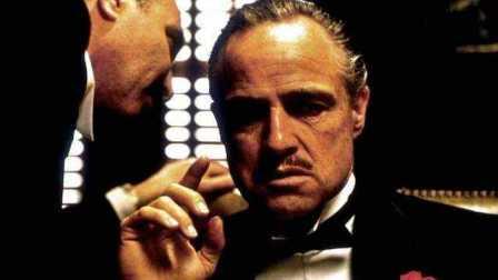 男人一生必看电影《教父1》马龙·白兰度影帝级别的表演令人惊叹!