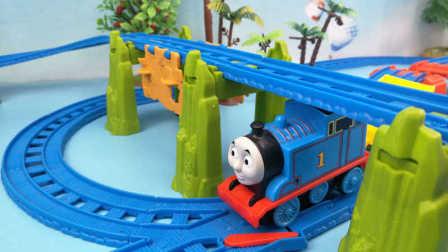 托马斯小火车 托马斯和他的朋友们 大型城堡轨道四