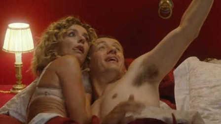 鸭片:浪漫过度的七年之痒《床的另一边》