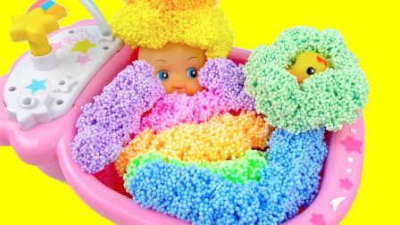 超人气雪花彩泥果冻泥玩具和芭比娃娃洗澡过家家奇趣蛋游戏故事 小猪佩奇熊出没超级飞侠奥特曼