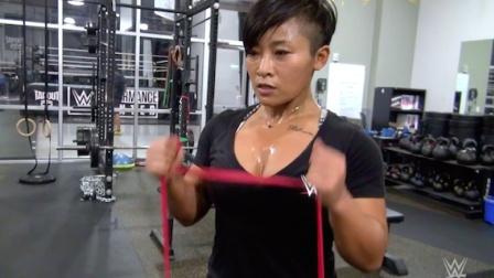 三位WWE中国之星 在美国训练中心接受高强度训练
