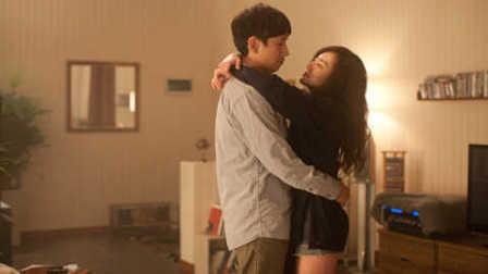 韩国电影《我妻子的一切》娇妻被隔壁老王勾引