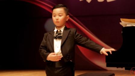 孩事儿丨6岁音乐男孩给妈妈的私人年终音乐会