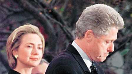 希拉里和克林顿唯一的共同爱好就是看《暗杀大师》!