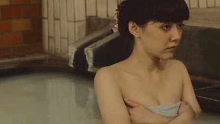 日本电影 屌丝闯进女澡堂 逆袭拿下女神 屌丝骑士