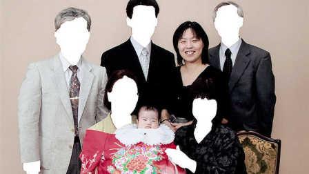 她拍下女儿的成长 自己却孤独崩溃 30
