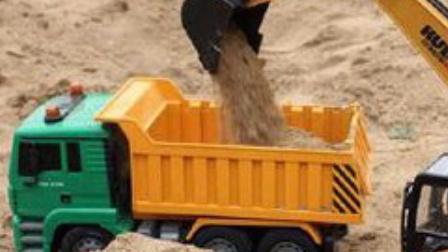 最新挖掘机工作超长视频表演大全 工程车 推土机 工程车穿越隧道 汽车 挖土机玩具视频.mp4