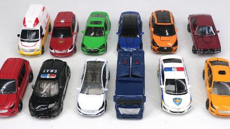 微型12变形金刚机器人 变形金刚小汽车玩具游戏 变形警车 救援机器人 和玩具机器人一起保卫地球