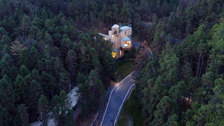 忘记人间吧 就窝在这个树屋里360度看山林绿野 85