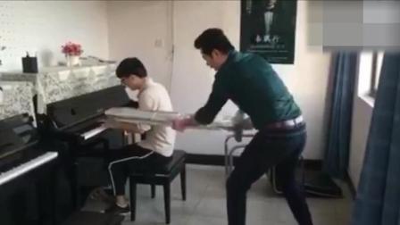 钢琴老师的灵魂教学法「宇宙大新闻」66