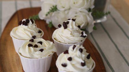 五谷日记-红豆抹茶杯子蛋糕