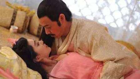 国产电影《王朝的女人杨贵妃》范冰冰缠绵激吻情戏片段欣赏 激情四射