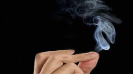 魔术揭秘:手指出烟 是用了什么方法?你知道吗