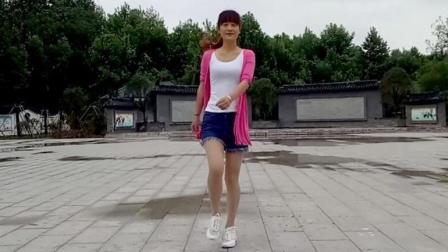 鬼步舞《女人没有错》燕子广场舞 附分解