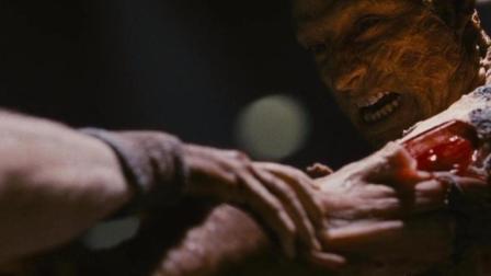 """""""死亡太空""""任务, 失踪多年的船长, 变成了一个怪物!"""