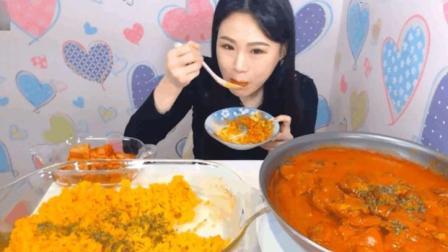 大胃王卡妹吃一锅咖喱鸡肉和一盘咖喱炒饭, 吃这么多为啥就是不胖?