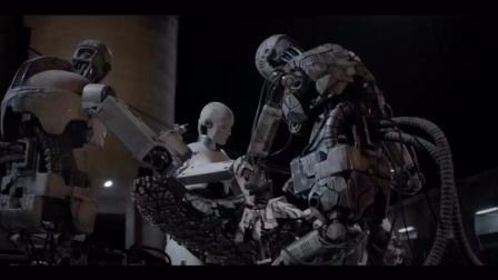 机器人自己组装的仿生机器人, 竟然攻击人类