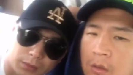 歌手蓝波不满自己歌曲《迎着风》被平台下架, 发视频讨说法