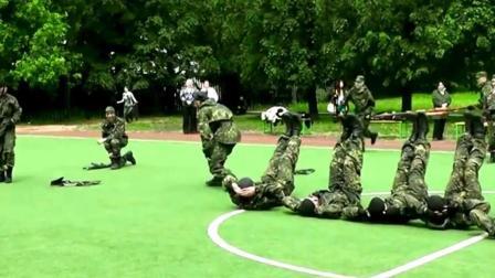 各国特种部队在一起比赛, 各种训练让你眼花缭乱!