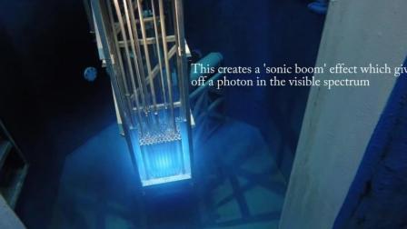核反应堆的启动和停止, 注意里面的蓝光是真的
