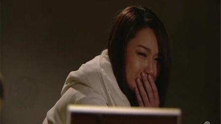 《神枪狙击》徐子珊老爸被劫匪害,到家以泪洗面