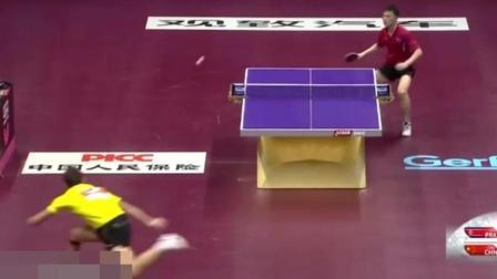 这就是地狱级的中国乒乓, 裁判都看懵了, 外国人不绝望还怎么办
