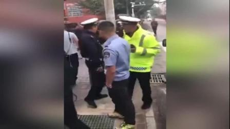 呼和浩特回民区城管与交警大打出手 城管中队长被停职