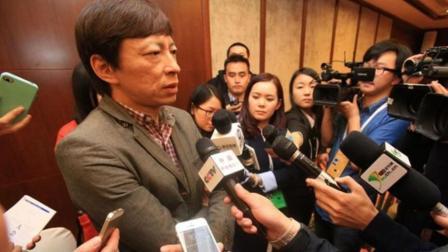 曾是中国互联网第一人, 如今垫底还被记者刁难, 他却坚信能翻盘!