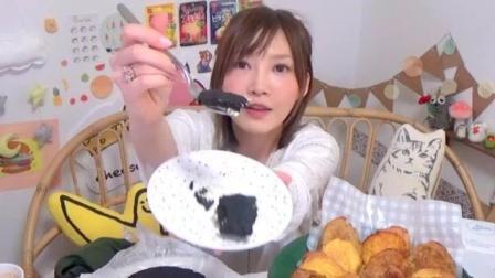 大胃王木下: 美味黑色起司蛋糕+法式吐司十二人份