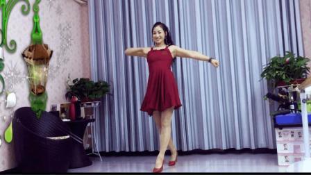 青青世界广场舞《天在下雨我在想你DJ》好听又好跳