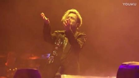 薛之谦深情演唱新歌《高尚》现场高清版, 感受到一种扎心的酸痛
