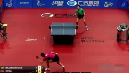 这就是地狱级的中国乒乓, 400度近视靠防守把外国人打崩溃