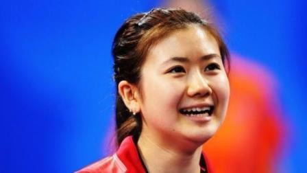 福原爱输球后自己都忍不住笑了, 我竟然跟中国队比赛乒乓球