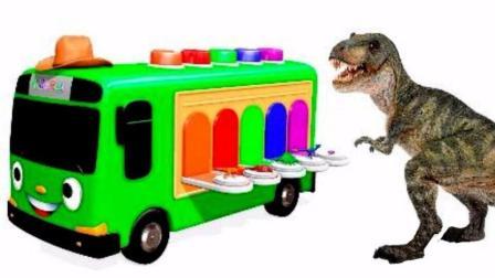 熊出没恐龙破坏小汽车公交车玩具 光头强恐龙战队