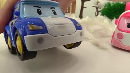 亲子早教玩具: 玩具汽车和圣诞树