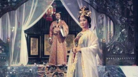 1962年李翰祥版《杨贵妃》: 梨花树下投缳自尽