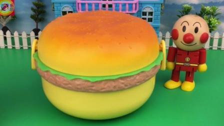 寓教于乐玩具拆箱 第一季 面包超人食玩汉堡包玩具寻宝 77 面包超人食玩