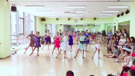 舞蹈少儿拉丁舞恰恰#大长腿们挥裙刹那的气势惊艳到我了
