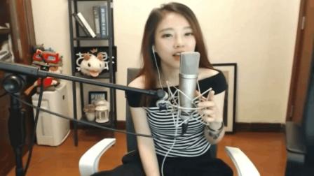 斗鱼女主播冯提莫翻唱粤语歌《皇后大道东》网友: 这发音也是没谁了