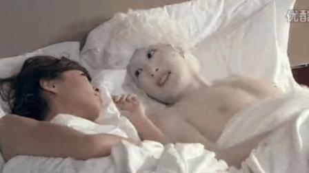 《爱情公寓3》被删减的片段   美嘉吕子乔激情床上戏
