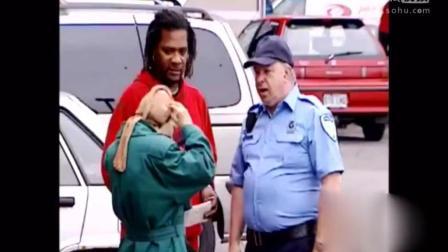 国外爆笑整蛊恶作剧, 警察恶搞路人这下真让人懵