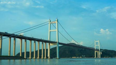 """中国最""""贵""""大桥, 过桥费5公里要收40元, 还天天拥堵"""