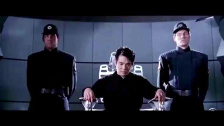李连杰靠什么在这部电影中拿了1亿元片酬, 看看你就知道