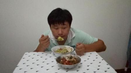 深夜食堂2017 韩国吃播短嘴巴太阳 豆腐鱼头汤美味鲜