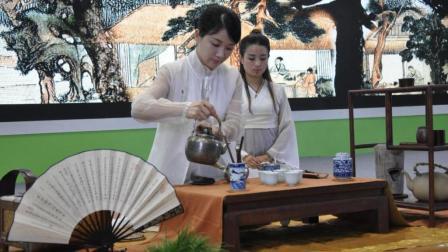 深圳汉服美女现场展示明代泡茶