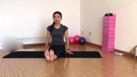 瑜伽教学系列之束脚式 按摩脊柱背部