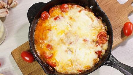 快手早餐 一个平底锅就能做出拉丝的番茄焗蛋 68