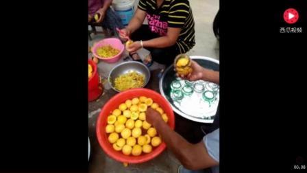 实拍小作坊制作桃罐头全过程, 这里用的还是瓶装纯净水!