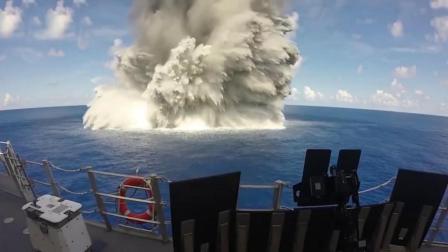 实拍原子弹爆炸瞬间, 飞石四溅, 冲击波可摧毁了一切